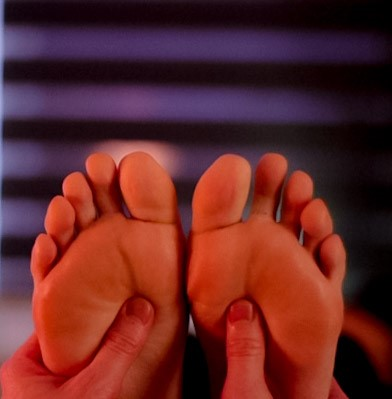 Salutary Reflexology Foot Aromatherapy Prices Image 001